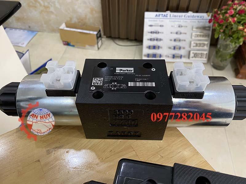 Van điều khiển điện Parker D3W001CNJW42